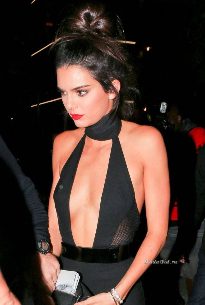 0ab4a28e42ccba9 large_kendall-jenner -night-out-outside-the-nice-guy-in-west-hollywood-november-2015_7.jpg?1450622657